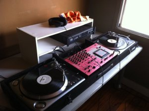 The Turntables are Alive!
